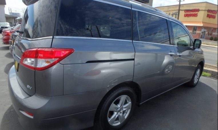 2016 Nissan Quest Back Sideview